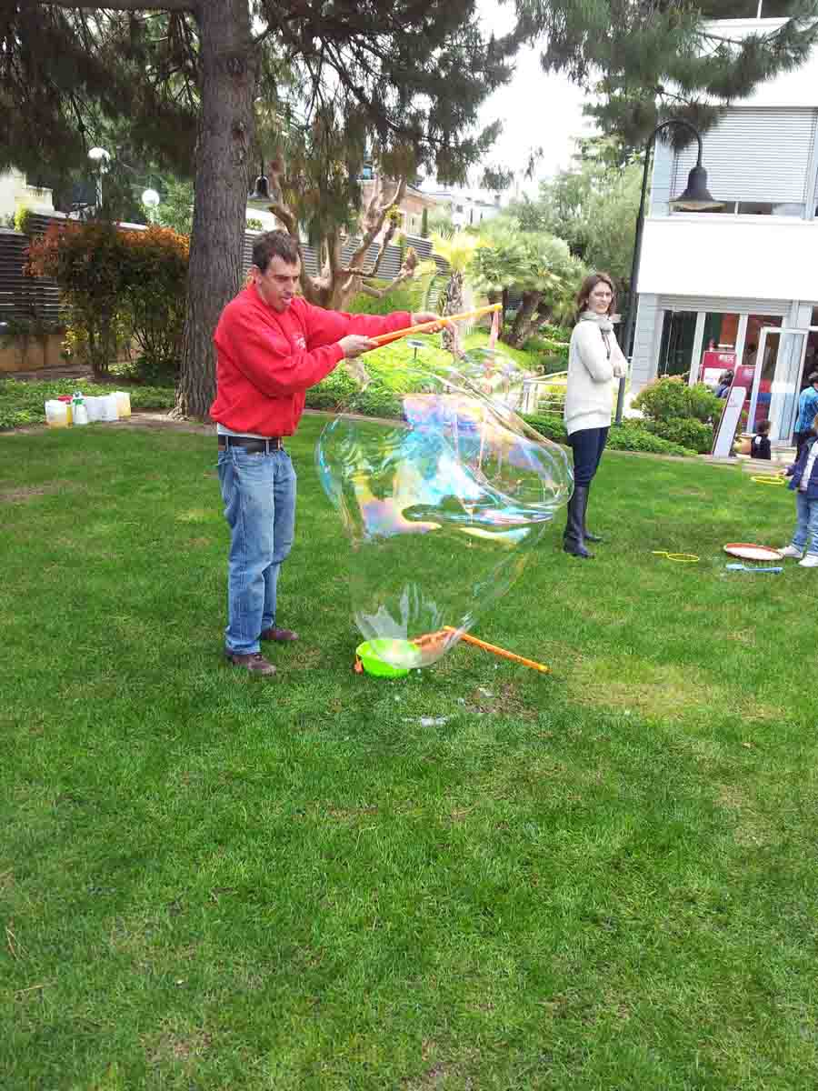 taller-burbujas-jabon-2